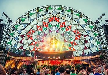 Opties dome tent - Dome als podium