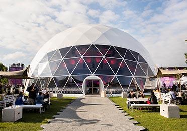 Rent a Dome tent - Windows